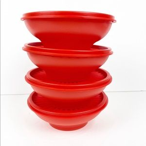 New !!4 Tupperware Servalier Bowl sets.